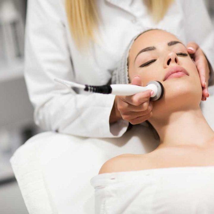 Ultraschall-Behandlung bei Cosmetic creativ, Kosmetikstudio in Kulmbach-Windischenhaig